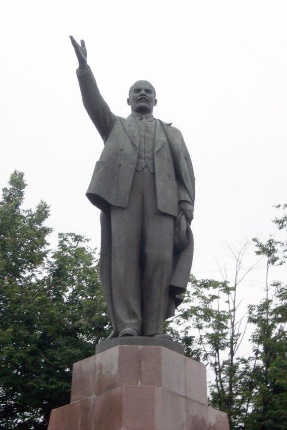 22 апреля коммунисты Рязани возложат цветы к памятникам В.И.Ленину