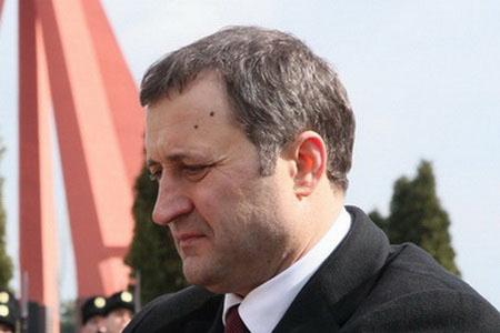 Депутаты Молдавского парламента отправили в отставку правительство страны во главе с председателем
