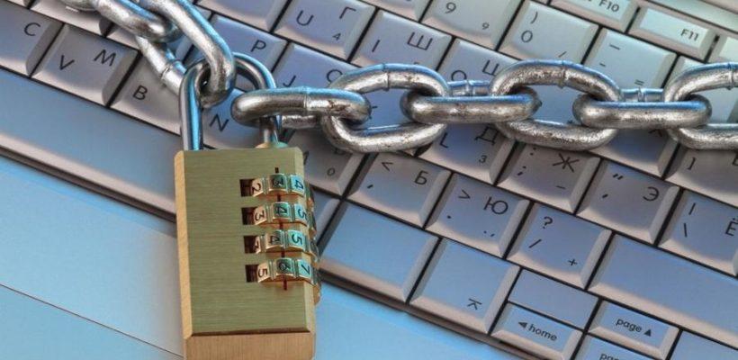 Юрий Афонин: С «цветными революциями» надо бороться, не зажимая интернет, а устраняя причины для недовольства граждан