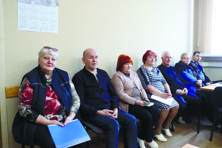Рязанские коммунисты на встрече с заводчанами
