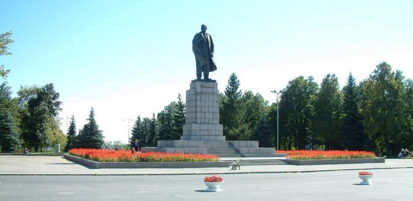 Руки прочь от В.И. Ленина. Заявление Рязанского обкома КПРФ по поводу переименования площади Ленина в Ульяновске