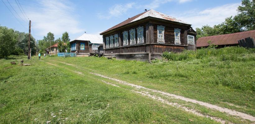КПРФ призывает к спасению российской деревни