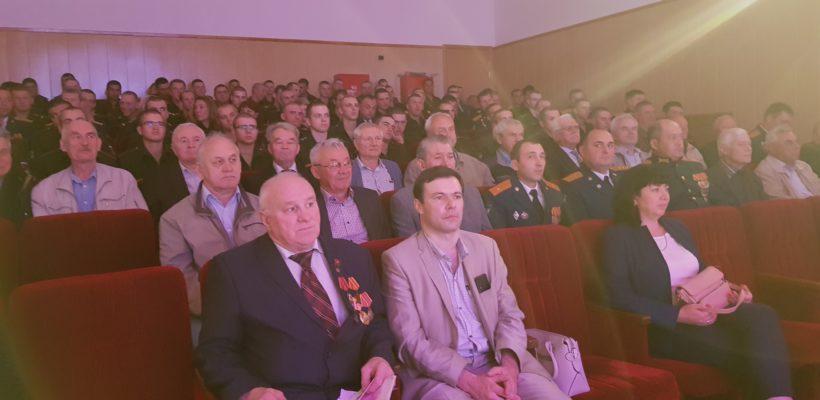 Рязанские коммунисты поздравили военнослужащих железнодорожных войск