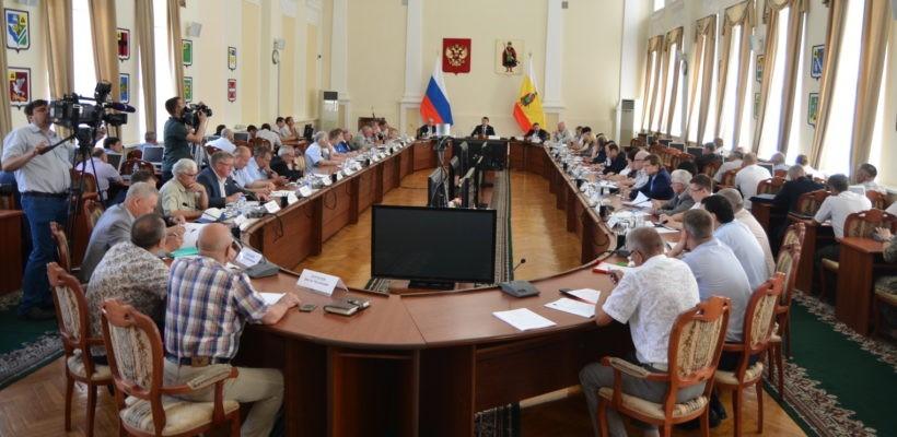 Олег Лебедев провёл экологический круглый стол в Рязани