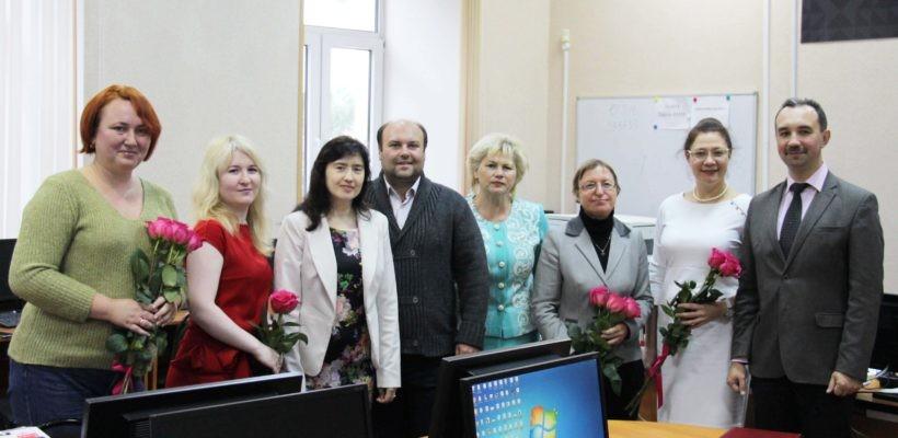 Рязанские депутаты-коммунисты поздравили преподавателей РГУ с Днём учителя