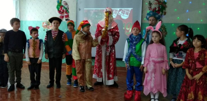 Новогодний праздник в Пичкиряево