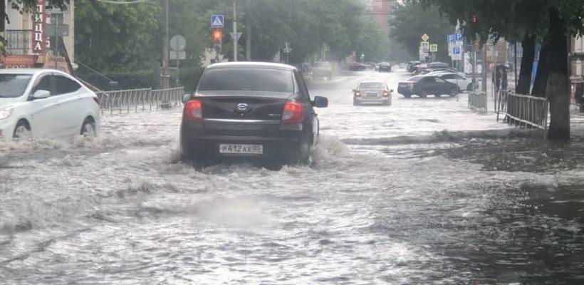 Рязань долгие годы мучается потопами, но системно ливнёвками власти не занимаются