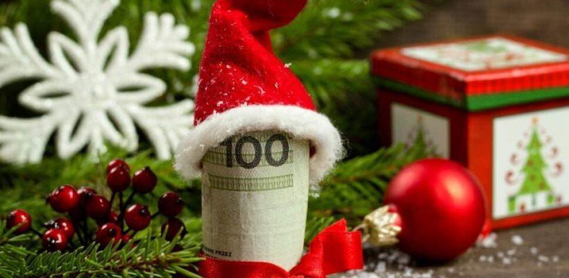 Геннадий Зюганов: жители России отмечают Новый год в кредит