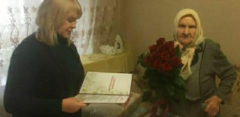Касимовский депутат спилила ель во дворе дома 90-летней труженицы тыла