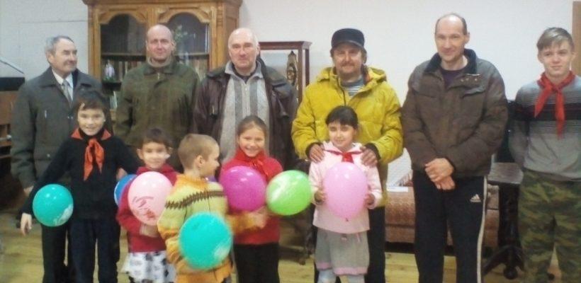Экскурсия касимовских пионеров в Елатомский краеведческий музей