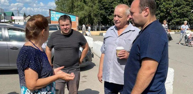 Депутат Рязанской областной Думы Денис Сидоров встретился с жителями Михайлова