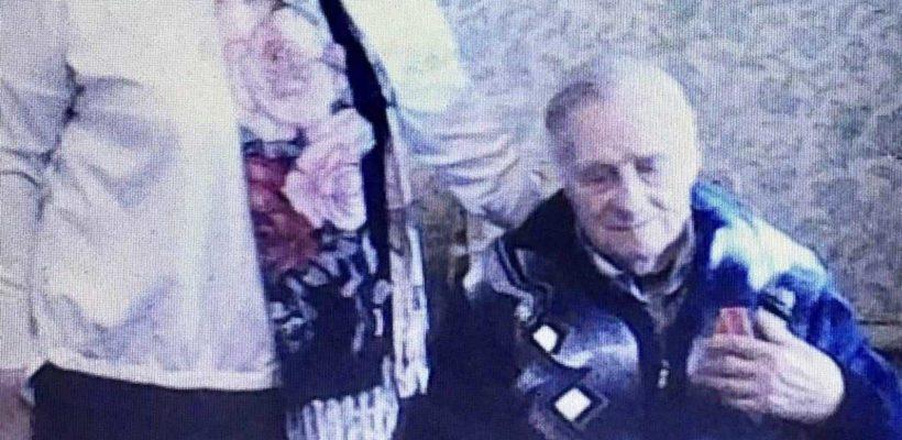 Галина Гнускина поздравила ветерана Великой Отечественной войны с днём рождения