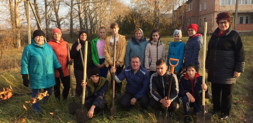 В Сасовском районе посадили саженцы в честь 75-летия Победы в Великой Отечественной войне