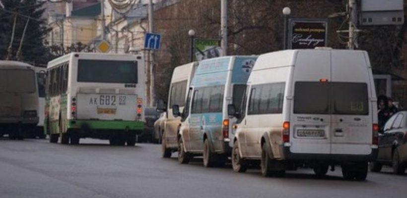 Около 300 водителей рязанских маршруток участвуют в забастовке