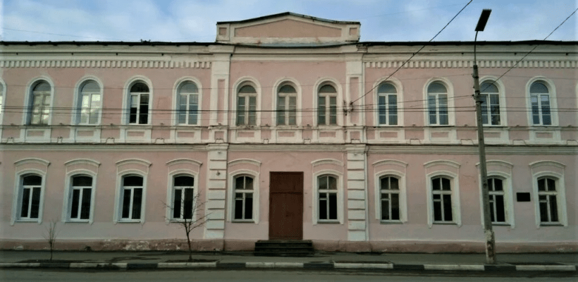Александр Блинов о передаче здания 6-й школы епархии РПЦ