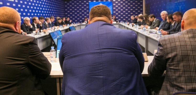 Госдума голосами единороссов приняла во втором чтении закон о трехдневных выборах