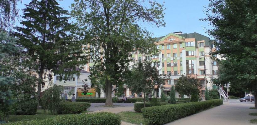 Фонари в сквере Мичурина администрация убрала из-за «действий вандалов»