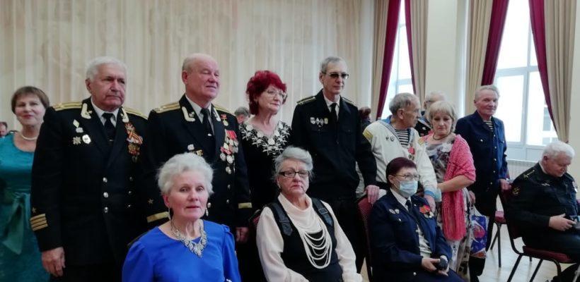Наши деды и прадеды гордились высоким званием русского моряка, находясь на страже морских рубежей нашей Отчизны