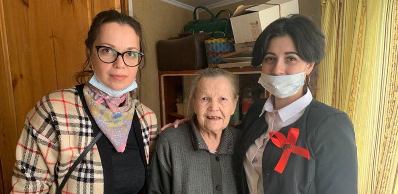 Рыбновские коммунисты поздравили ветеранов и тружеников тыла с Днём Победы