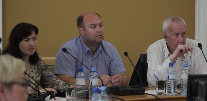 Депутаты-коммунисты обеспокоены проблемами с муниципальным транспортом